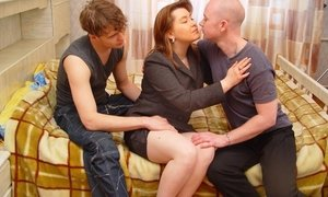 guys seduced and fucked gorgeous mature lady