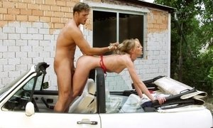 Small tits horny bonde engaging in mad sucking and pumping play on the car